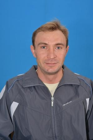 Панафидин Геннадий Викторович учитель физкультуры, образование сред. спец, категория первая